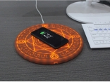 Беспроводное зарядное устройство универсальное для смартфона